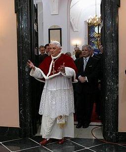255px-Benedict_XVI_Poland_5